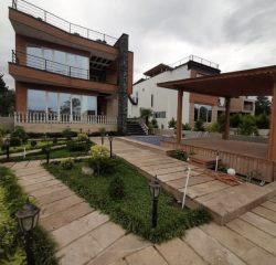 ویلامدرن استخردار با ویو عالی سیسنگان   330 متر