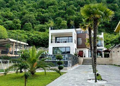 خرید ویلا تریبلکس مدرن در چلک | 550 متر