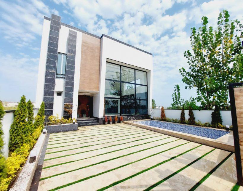 فروش ویلا مدرن استخردار منطقه چمستان   250 متر