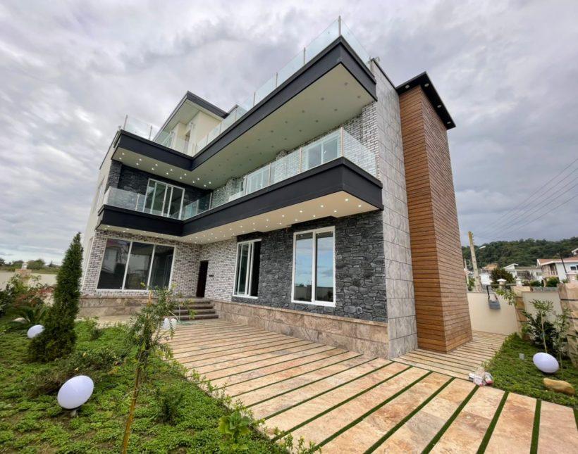 فروش ویلا مدرن و لوکس در شمال | 400 متر